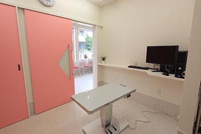 3: 診察室